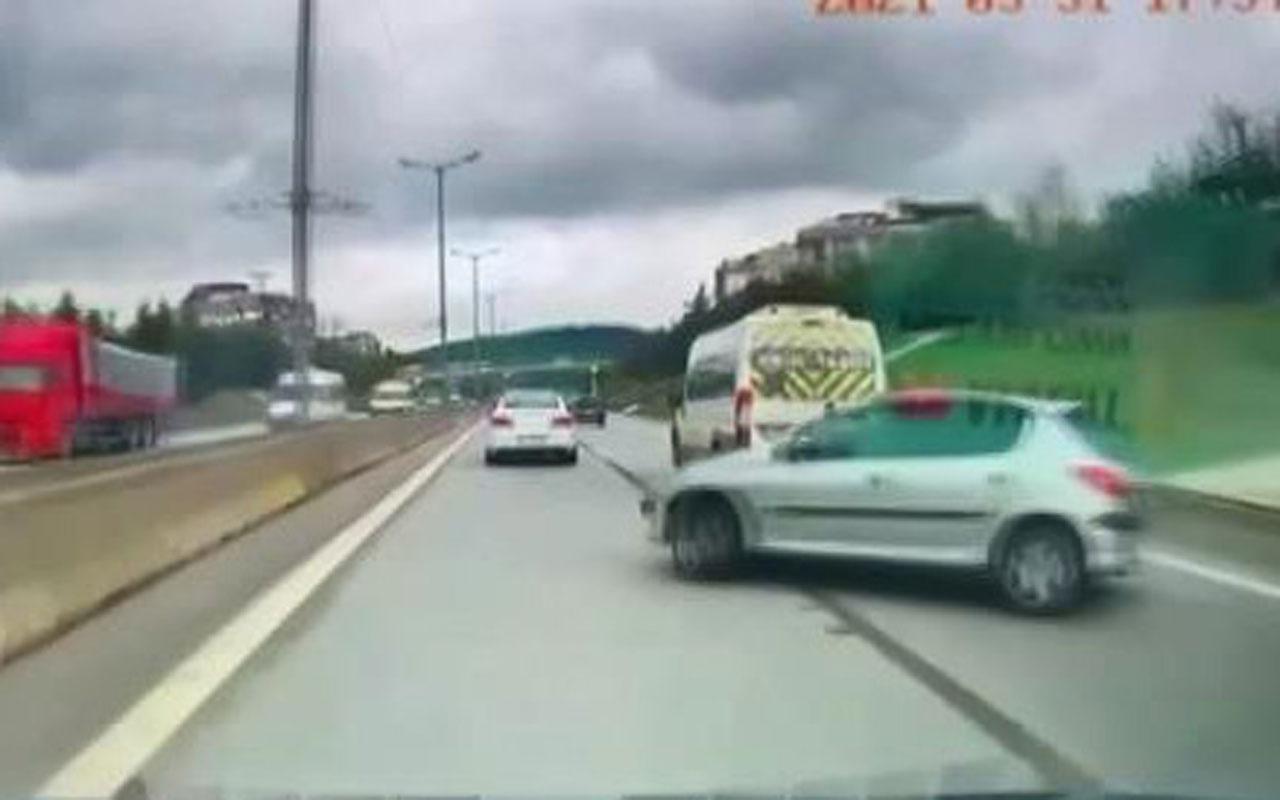 Tankere sürttükten sonra kontrolden çıktı kaza anı kamerada