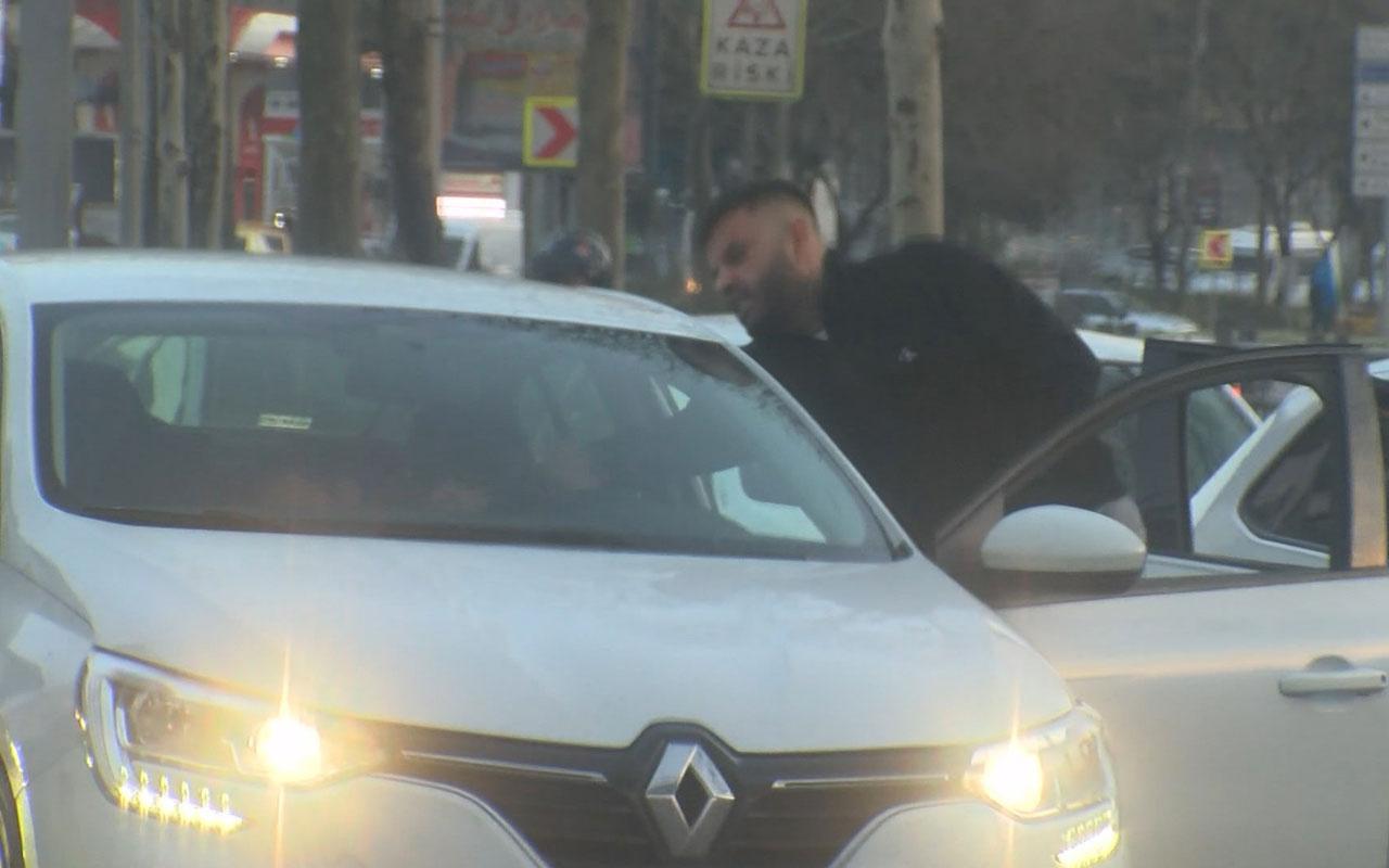 Beyoğlu'nda trafik magandası tartıştığı sürücüyü darp etti o anlar kameda