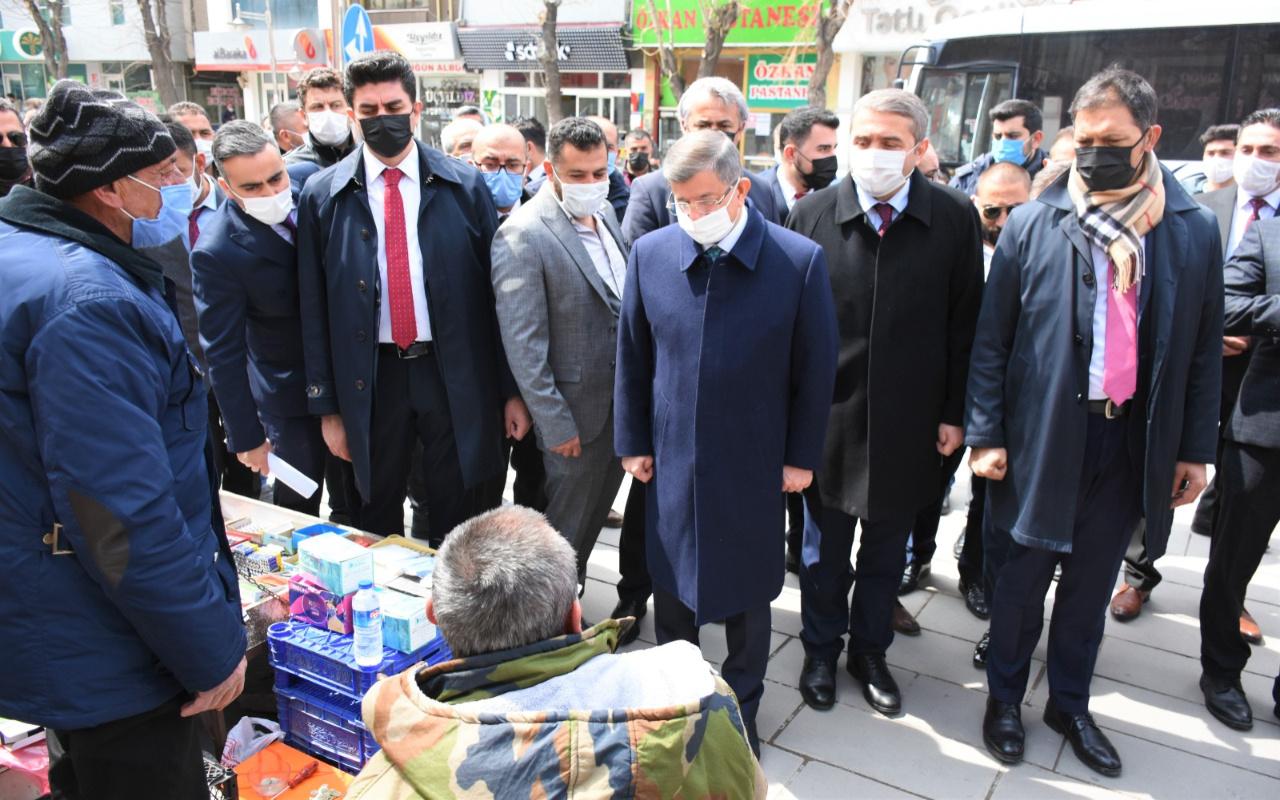 Gelecek Partisi Genel Başkanı Ahmet Davutoğlu'ndan Aksaray'da esnaf ziyareti