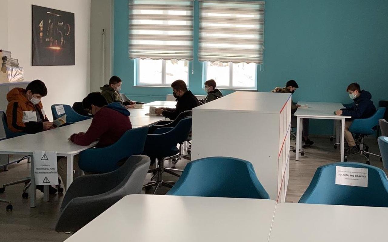 Sultanbeyli Kaymakamlığı 6 tematik kütüphanede öğrencileri kitapla buluşturuyor
