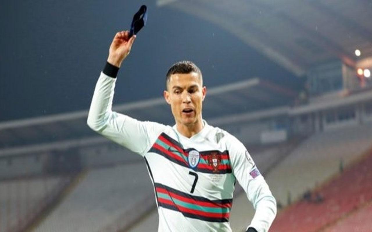 Ronaldo'nun yere attığı kaptanlık pazubendi yaklaşık 64 bin avroya satıldı