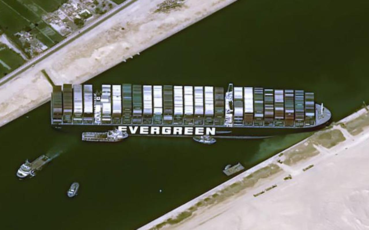 Rusya, Süveyş Kanalı'na alternatif yaratma peşinde! Kuzey Deniz Yolu'nda ısrarcı davranılıyor