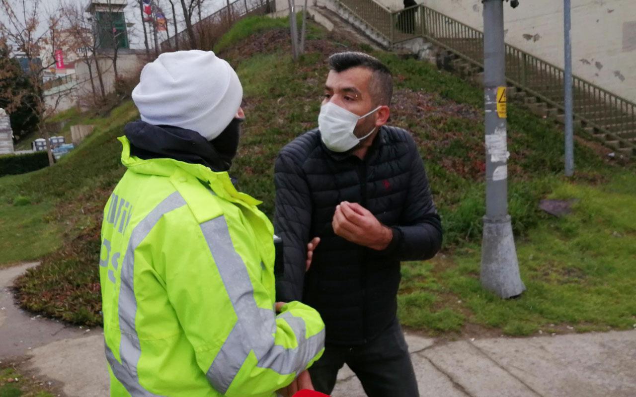 Maltepe'de koronavirüs denetiminde ceza kesilen sürücü minibüsü bırakıp uzaklaştı