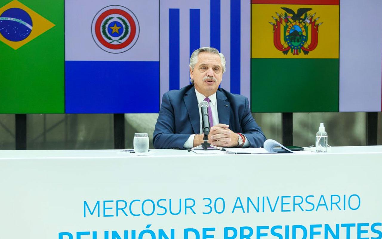 Arjantin Devlet Başkanı Fernandez koronavirüse yakalandı  Rus aşısı olmuştu