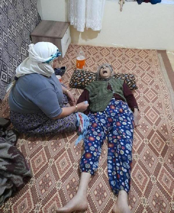 Manisa'da mezar açtıran olay! Kaynanasını döven gelinin görüntüleri çıktı
