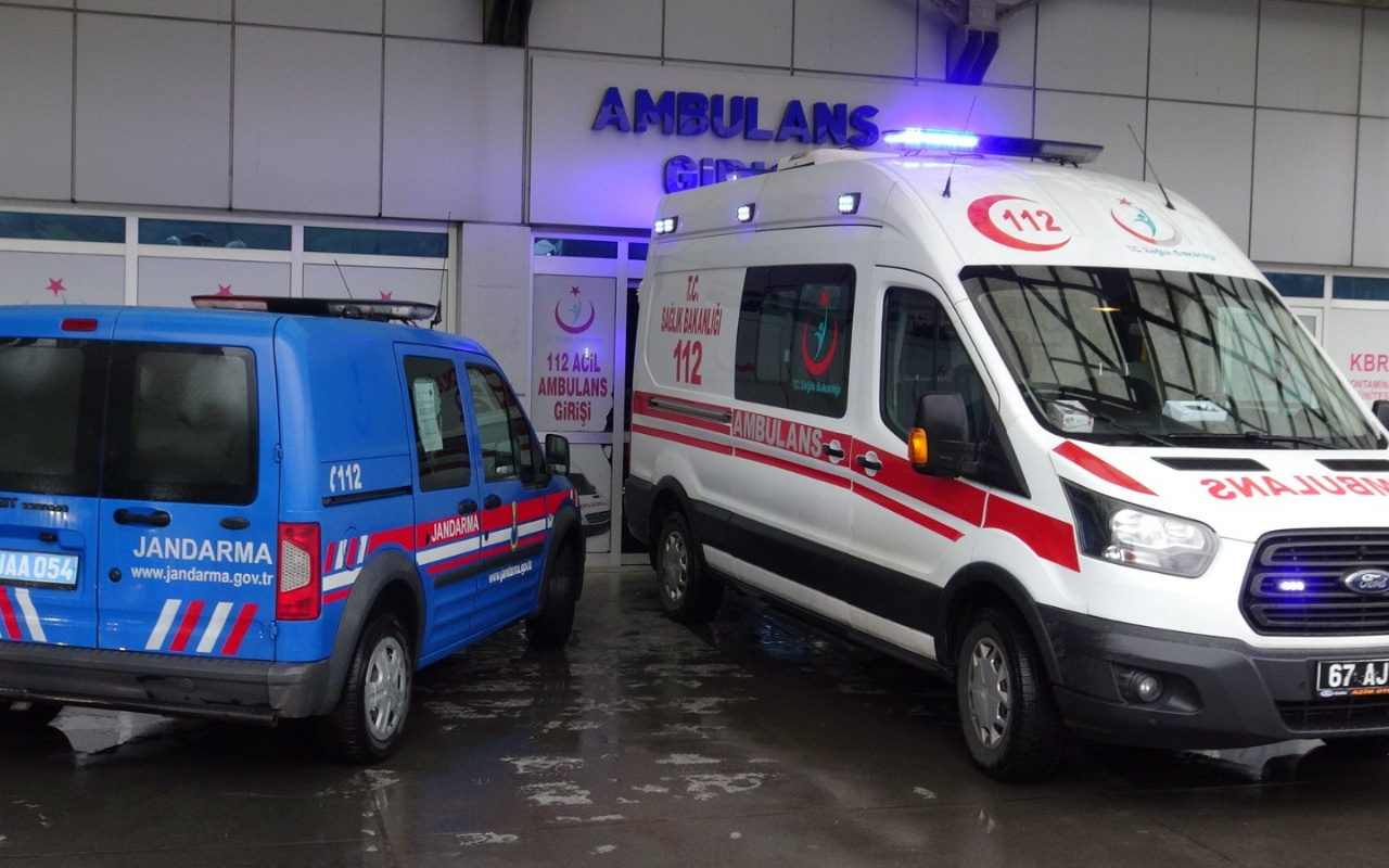 Zonguldak'ta tıraş olurken kendini kesen mahkum hastanelik oldu
