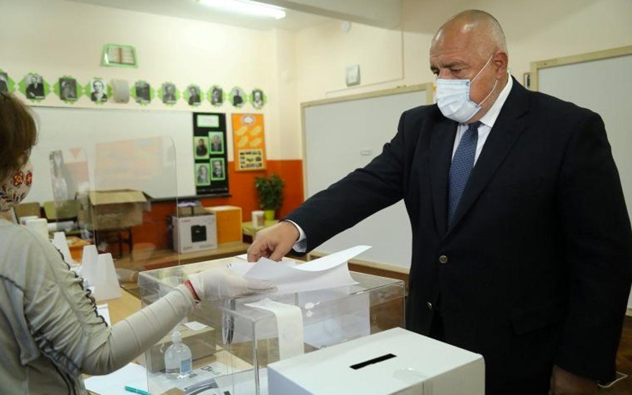 Bulgaristan'da seçim sonuçları belli oldu ünlü şovmen seçimin yıldızı oldu