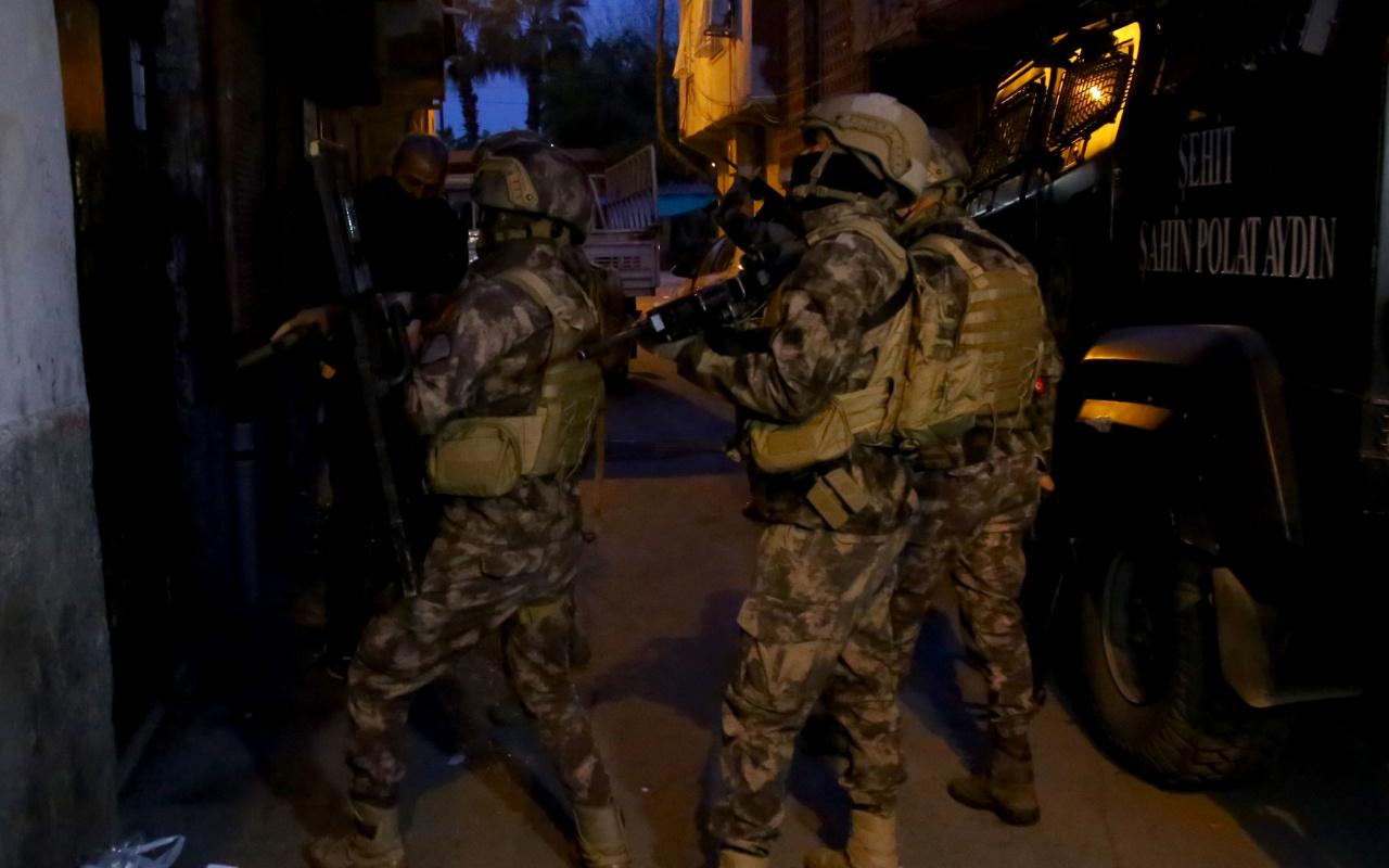 Adana'da şafak vakti operasyon! Çok sayıda gözaltı kararı verildi