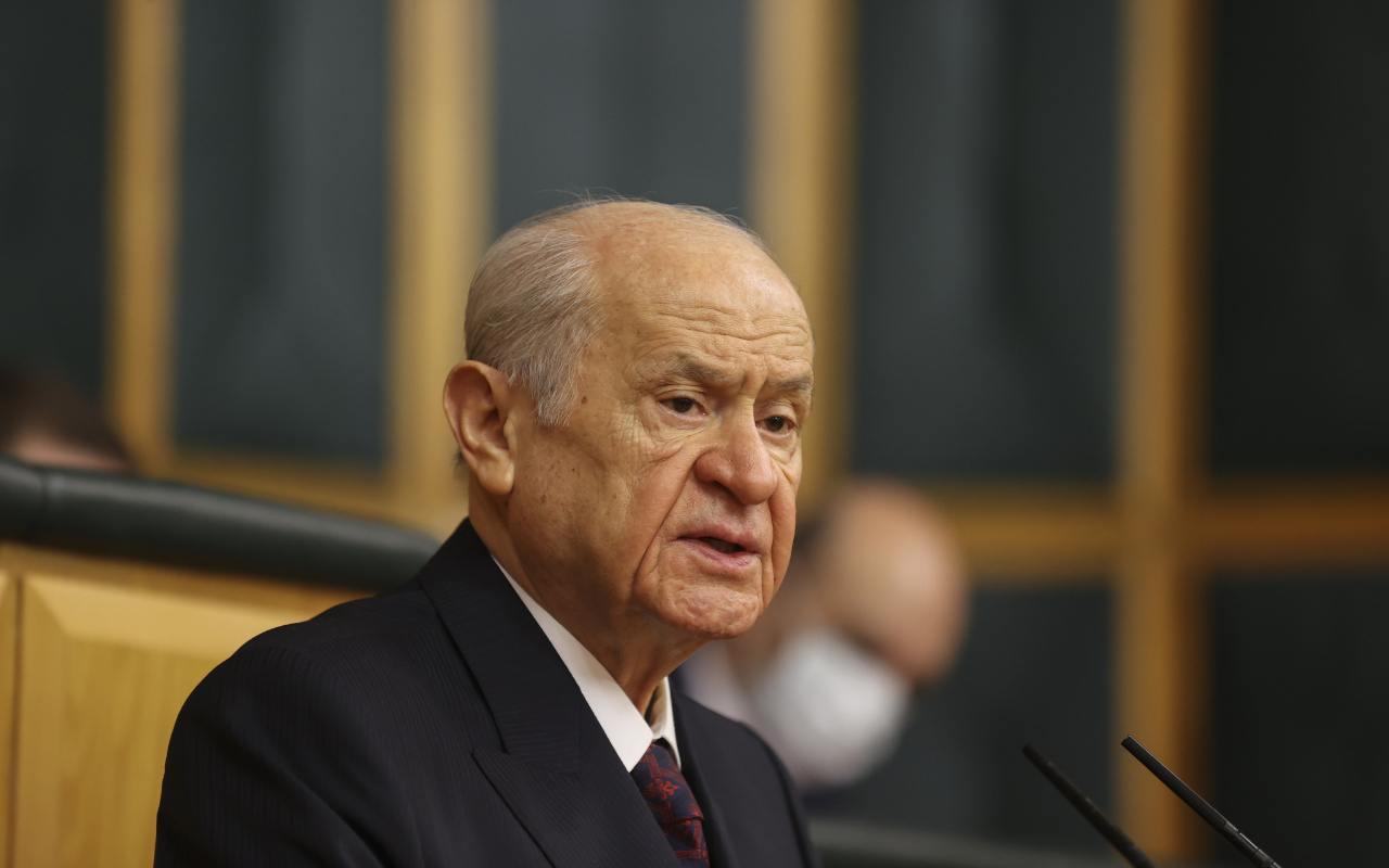 Devlet Bahçeli'den 104 emekli amiralin bildirisine tepki: Rütbeleri sökülmeli maaşları kesilmeli