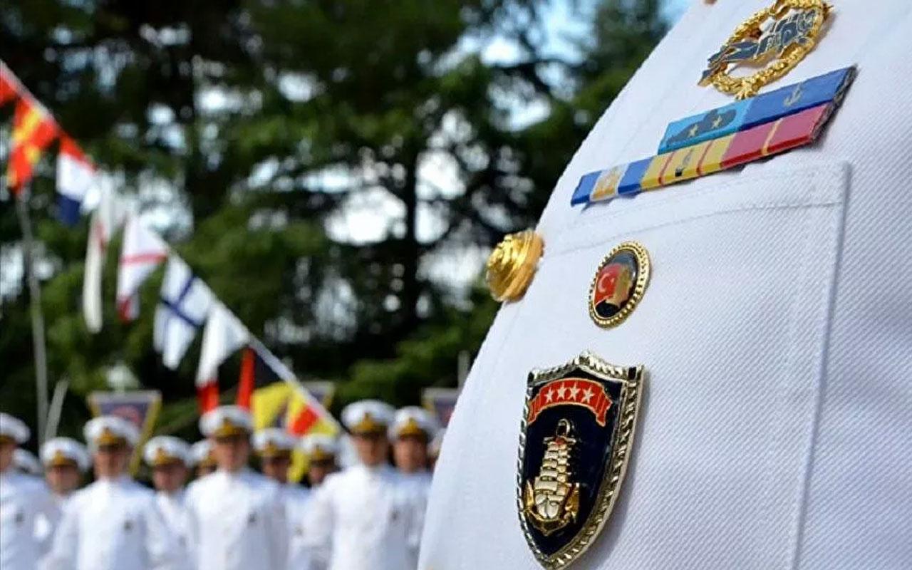 14 emekli amiral adliyeye sevk edildi! Bildiriyi emekli amiral Ergün Mengi düzenlemiş
