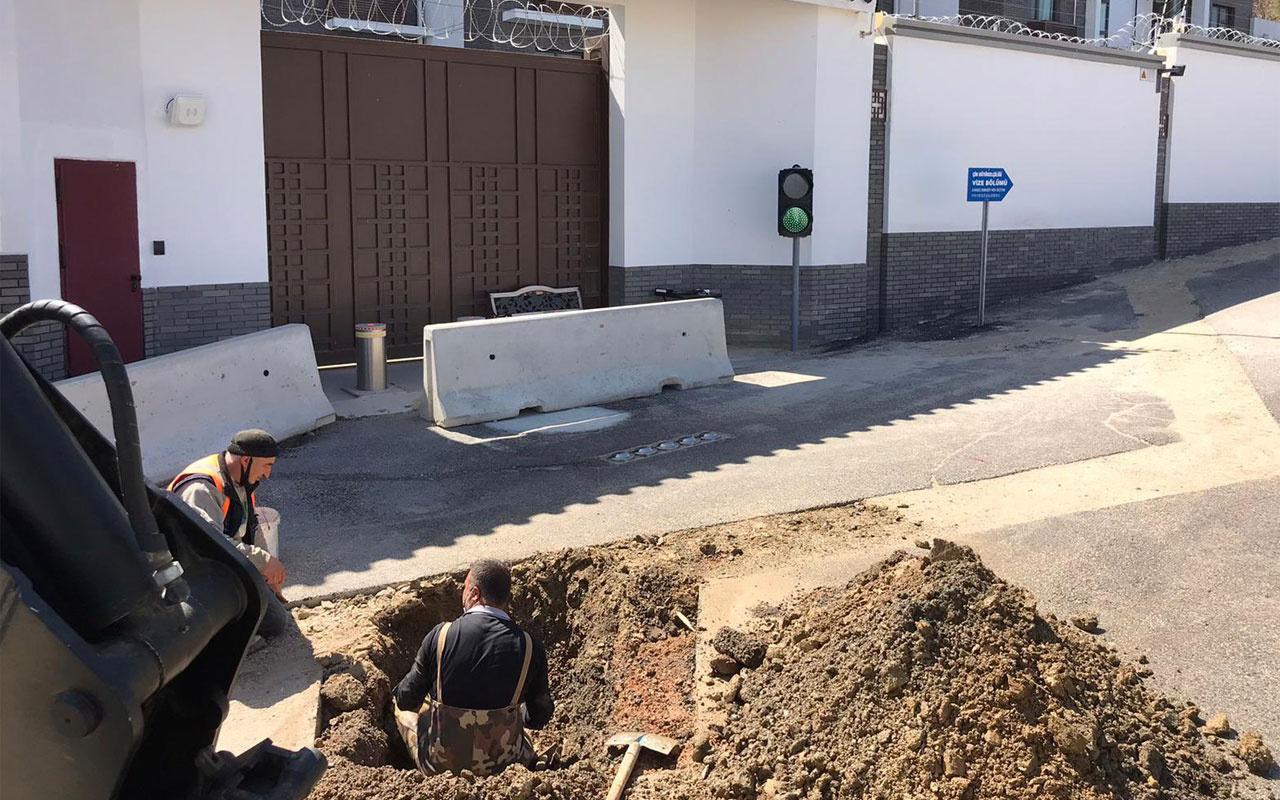 Mansur Yavaş kendisini tehdit eden Çin Büyükelçiliği önünde kazı çalışması başlattı