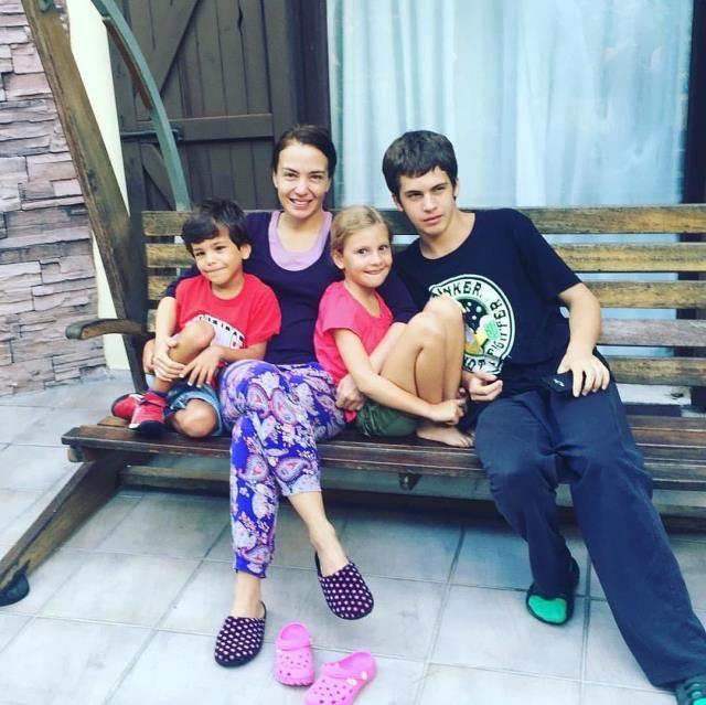 Reha Muhtar ile Deniz Uğur'un çocukları büyüdü işte ikizlerin son hali
