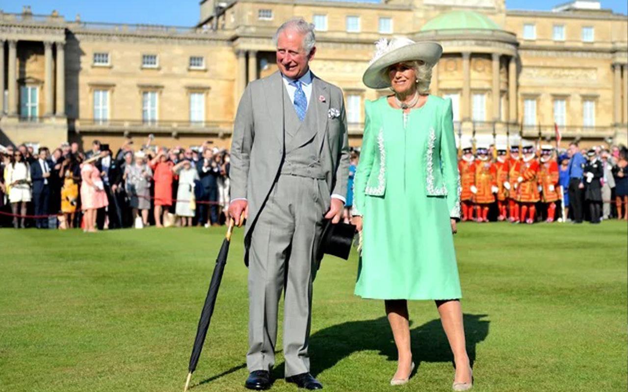 İngiltere'de kraliyet tarihinde birilk! Halka bir defalık fırsat verildi
