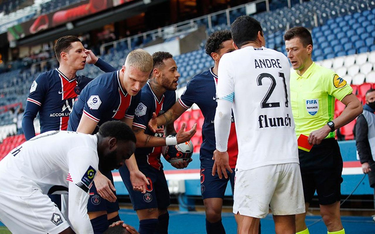 Paris Saint-Germain'de Neymar'ın cezası belli oldu