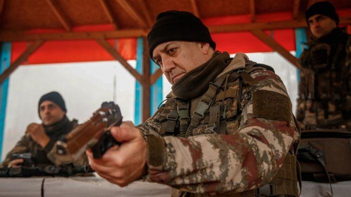 FOX TV kızdı Tamer Karadağlı paylaştı oyunculara yasak geldi! Savaşçı dizisi krizi