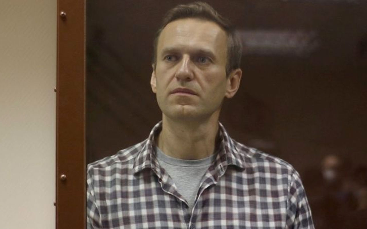 Rusya'da tutuklu muhalif lider Aleksey Navalni el ve ayaklarında his kaybı yaşıyor