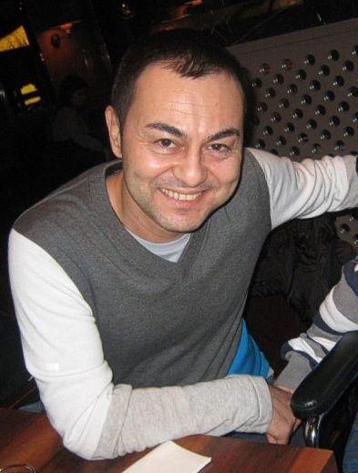 Serdar Ortaç'a sokakta olay Ahmet Kaya tepkisi! Bakın ne tepki verdi
