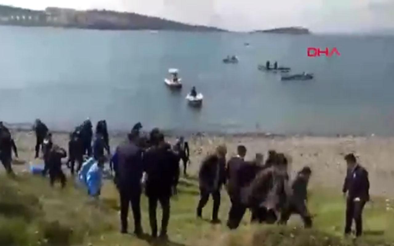 İzmir Foça'da askeri eğitim uçağı düştü 2 pilot sağ kurtuldu! İşte ilk görüntüler