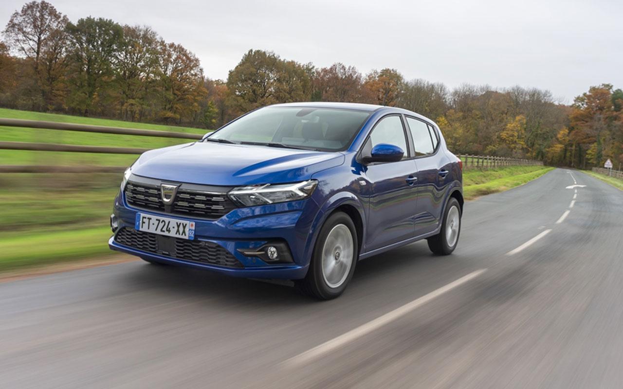 Yeni Dacia Sandero Türkiye'de 152 bin 900 TL'lik başlangıç fiyatıyla satışa sunuldu