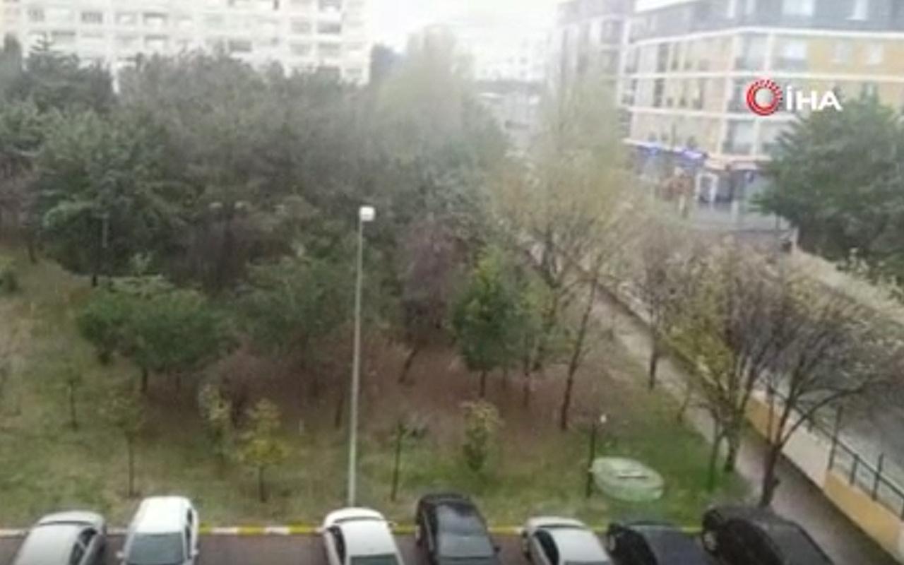 İstanbul yeni güne sulu kar yağışıyla uyandı