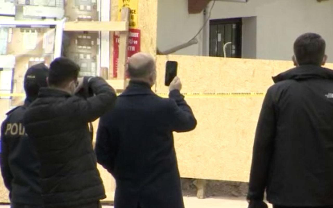 İçişleri Bakanı Süleyman Soylu çöken binayı inceledi! Elinde teleonla görüntüsünü çekti