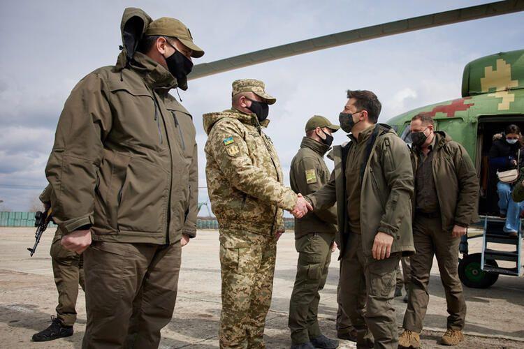 Karadeniz'de tansiyon tavan yaptı! Rus savaş gemileri ateş açtı ağır silahlar transfer edildi