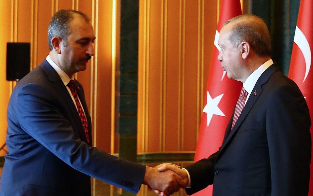 Erdoğan'dan annesi vefat eden Adalet Bakanı Abdülhamit Gül'e başsağlığı