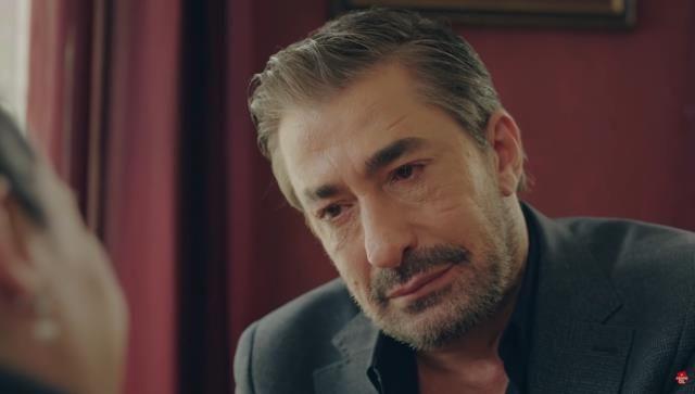 'Oynamadın resmen yaşattın ve ağlattın' Erkan Petekkaya Kırmızı Oda'ya damga vurdu