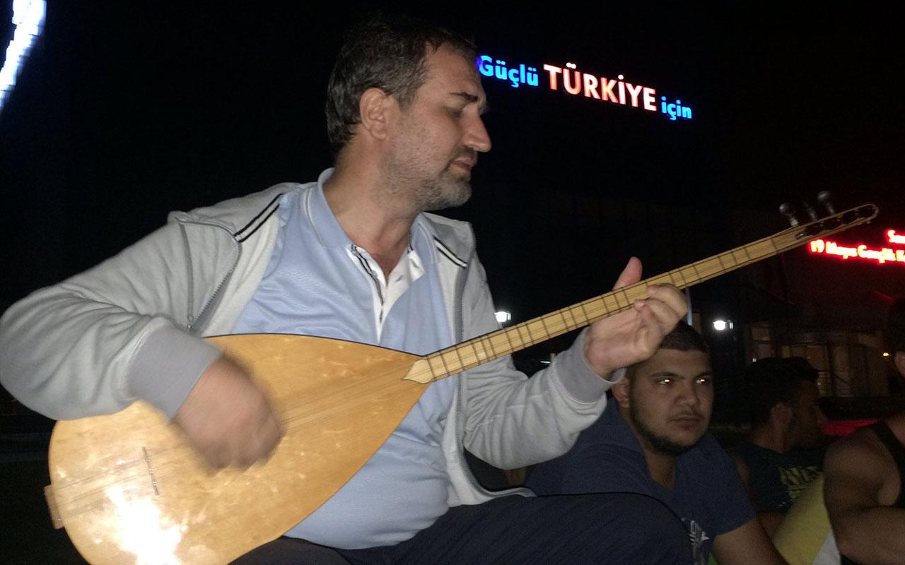 AK Parti Genel Başkan Yardımcısı Mustafa Şen bağlama çaldı gazeteciler söyledi