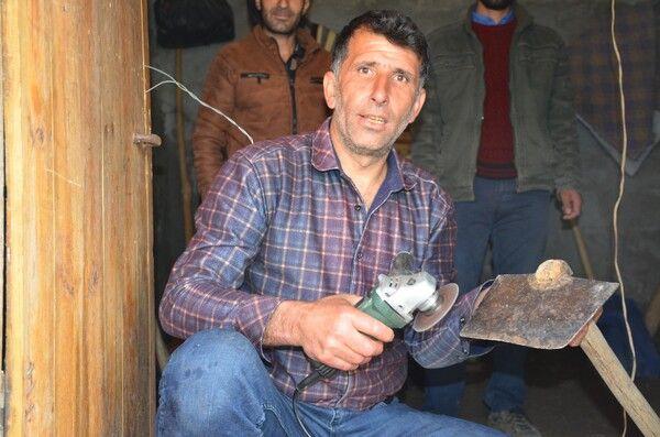 Şırnak'a dönüp kendisi elektrik üretti! Görenler şaşkına döndü