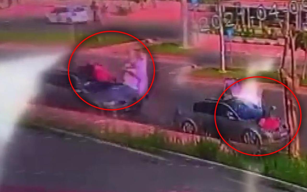 10 metre uzağa savruldu! Mersin'de feci kaza anı kameraya yansıdı