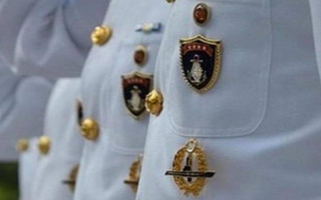 Bildirici emekli amirallerden Mustafa Özbey orduevine alınmadı!