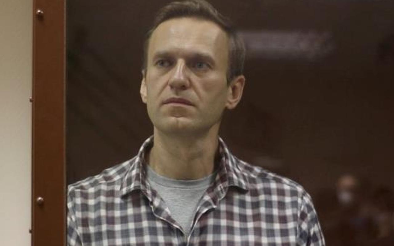 Navalny'den kendisine Kur'an-ı Kerim vermeyen hapishane yönetimine dava