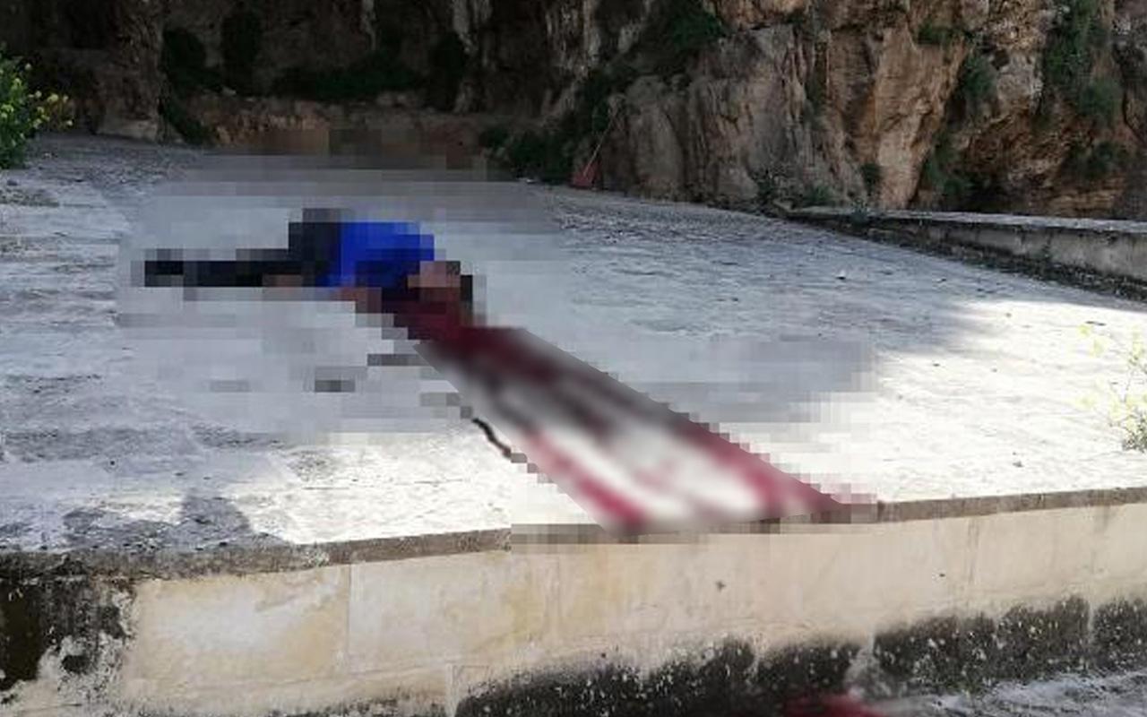 Şanlıurfa'da tarihi kale eteğinde dehşet verici görüntü! Erkek cesedi bulundu