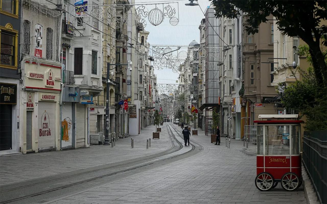 Türkiye genelinde hafta sonu kesintisiz uygulanacak sokağa çıkma kısıtlaması başladı