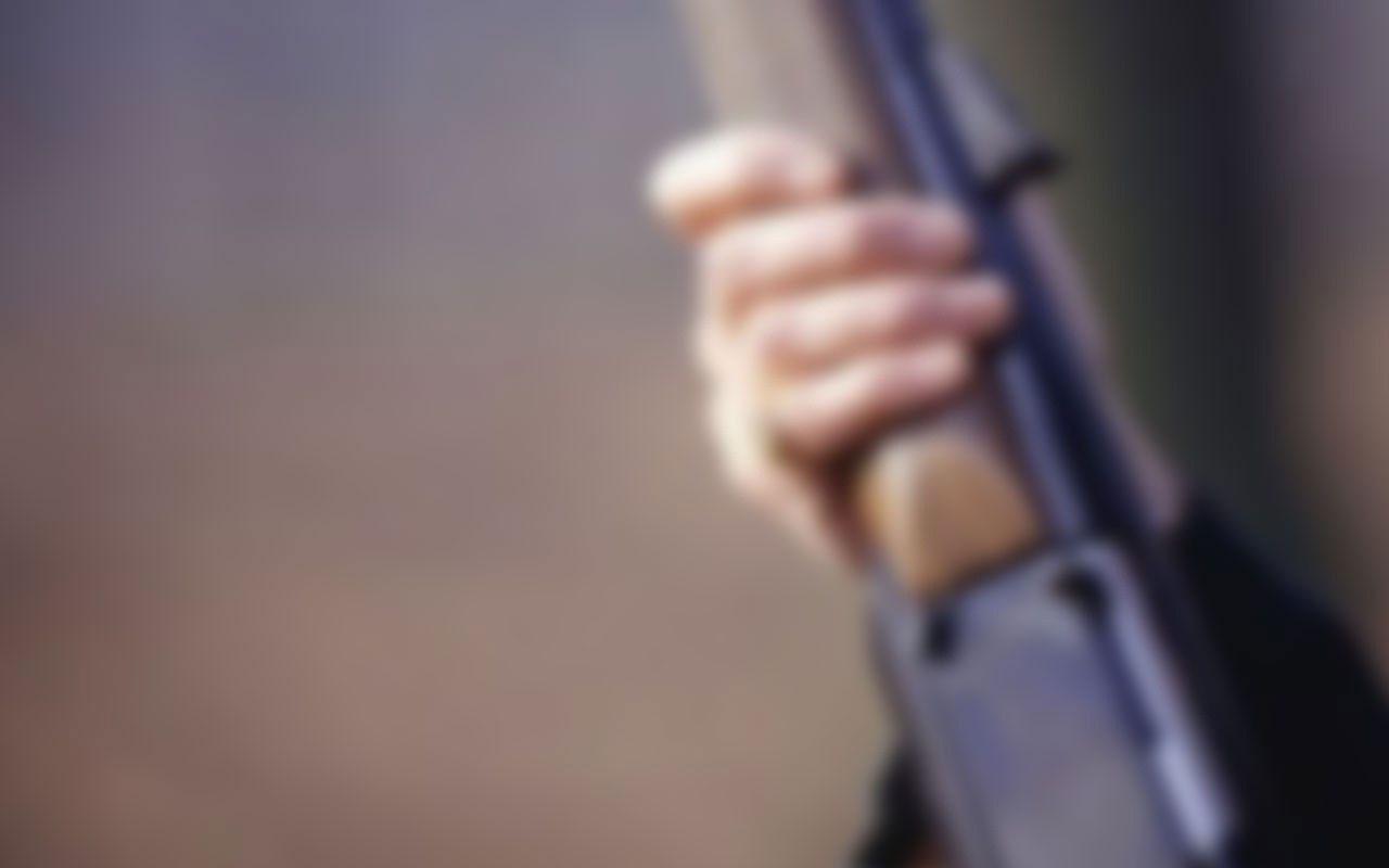Çiftlik evinde dehşet! Dövmeye çalıştığı kadın tarafından vurulan adam hayatını kaybetti