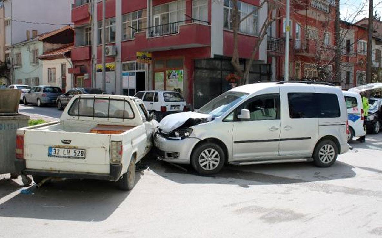 Burdur'da karantina ihlali kazada ortaya çıktı! Yurda götürüldü