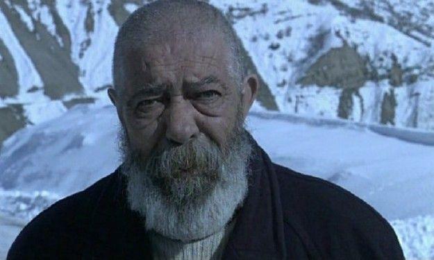 Mahsun Kırmızıgül acı haberi duyurdu! Usta oyuncu Erol Demiröz hayatını kaybetti