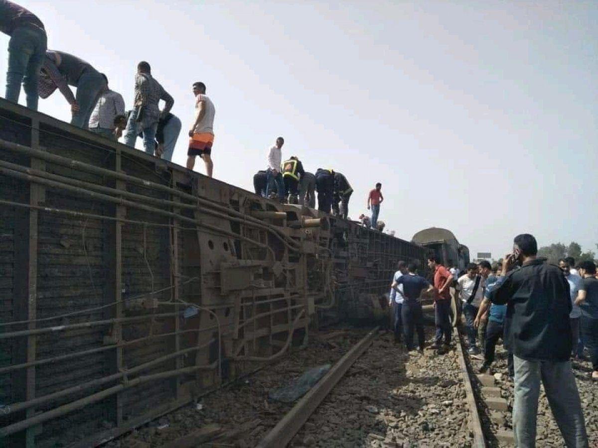 Mısır'da bir ay içinde 2. tren kazası: 8 ölü 97 yaralı