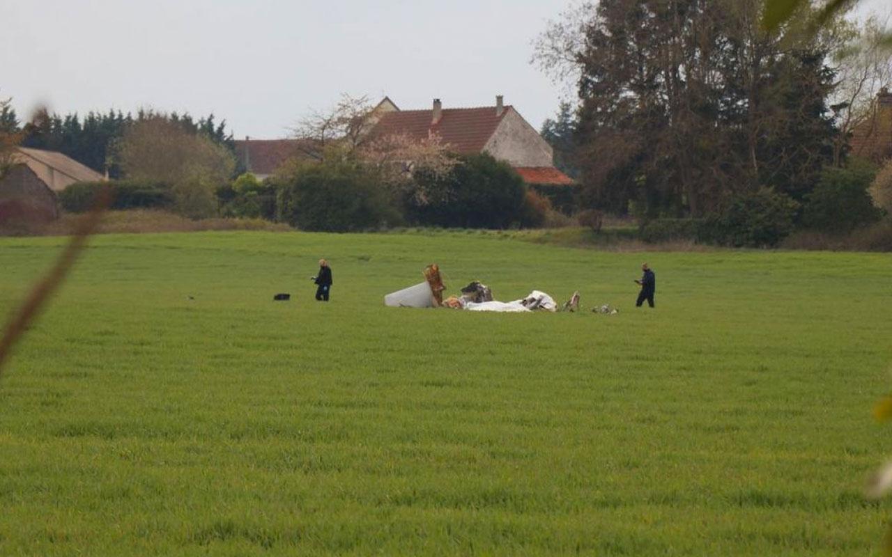 Fransa'da turist taşıyan uçak düştü: 4 ölü