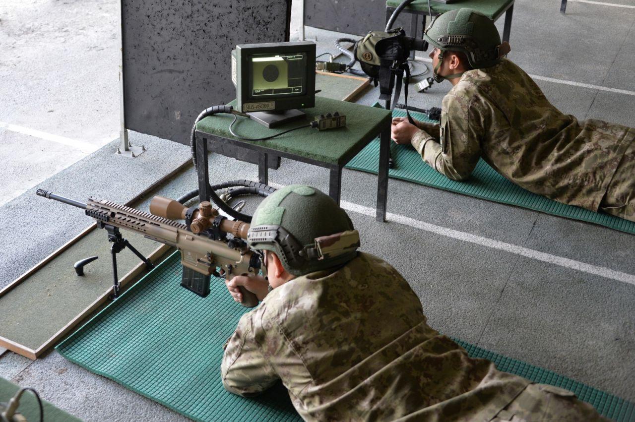 Teröristlerin korkulu rüyası keskin nişancılar eğitimlerine devam ediyor