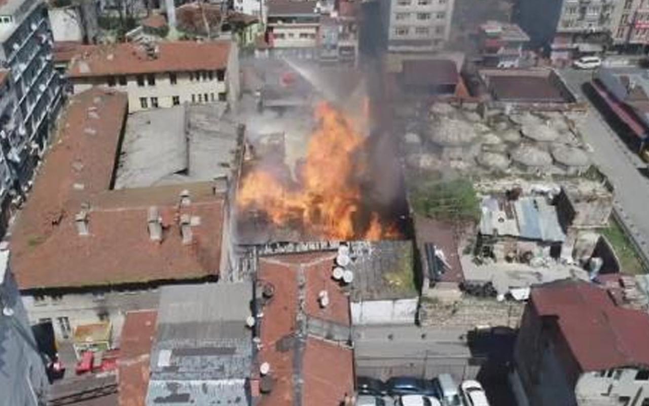 Fatih'te emniyetin deposunda yangın çıktı! Patlamalar yaşandı