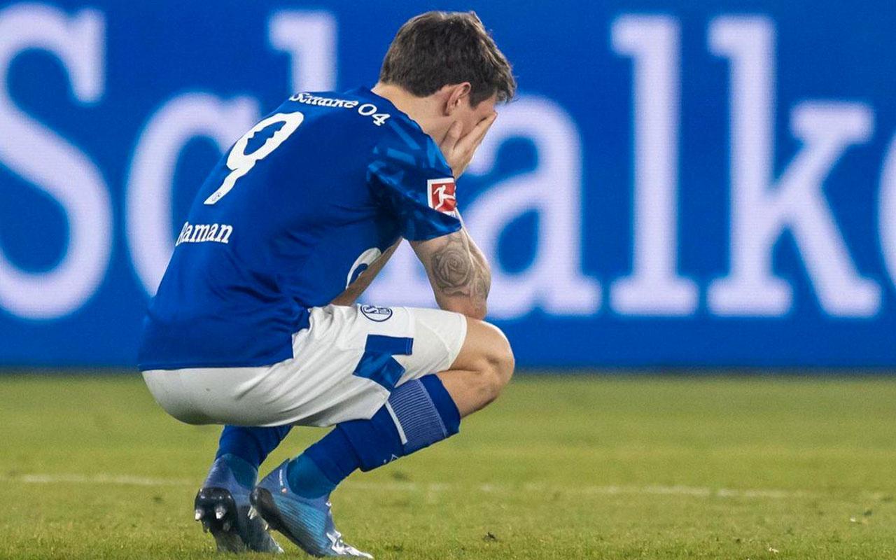 Almanya'nın köklü kulüplerinden Schalke 04 küme düştü