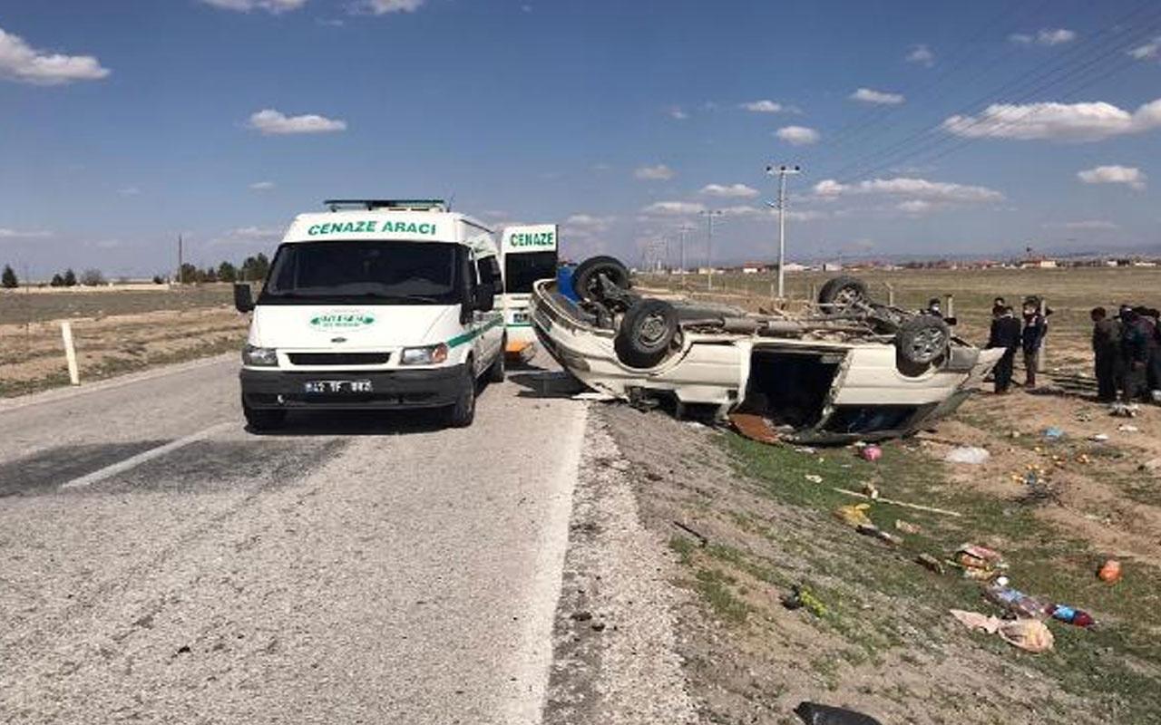 Konya'da tarım işçilerini taşıyan minibüs takla attı! 2 kişi öldü, 6 yaralı var