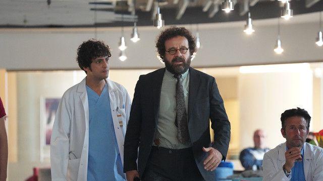 TRT1 Seksenler dizisine Mucize Doktor'dan transfer sevindirdi ayrılığı üzmüştü
