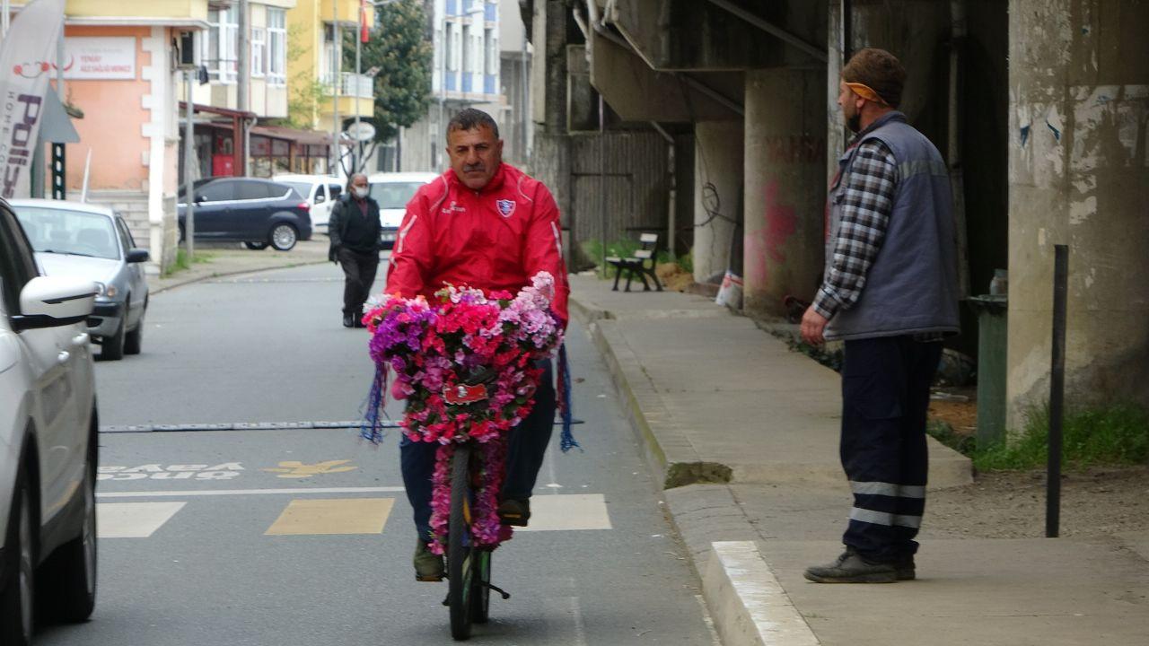 Trabzon'da aracını sattı 21 bin TL harcadı ücretsiz dağıttı! Hüsrana uğradı