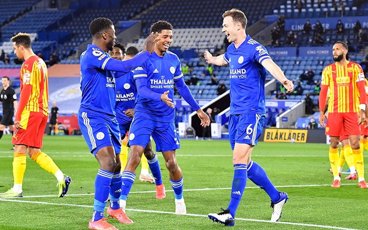 Çağlar'lı Leicester City Okay'lı West Bromwich'e acımadı