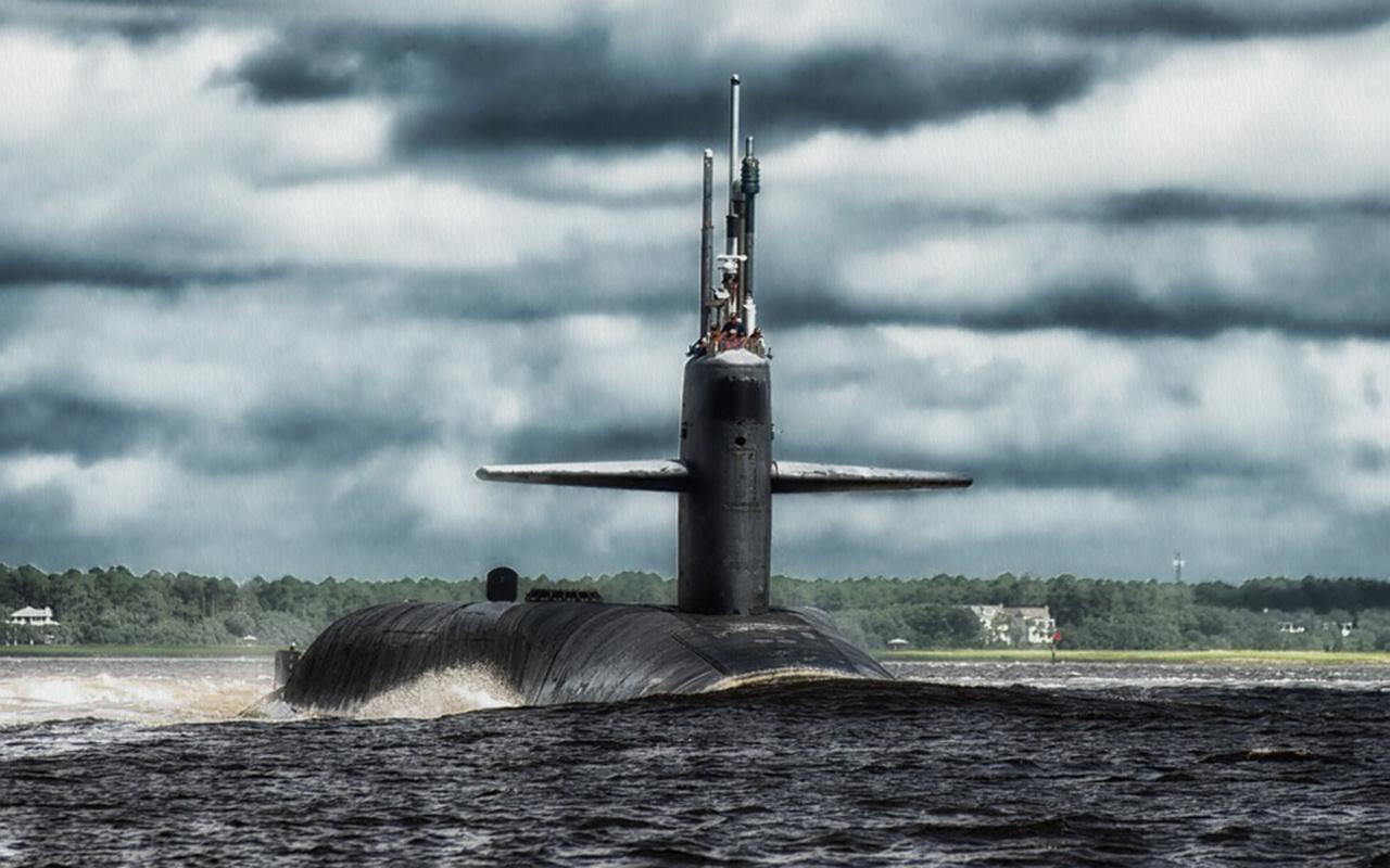 Endonezya'ya ait kaybolan denizaltıda bulunan 53 mürettebat için umutlar tükeniyor