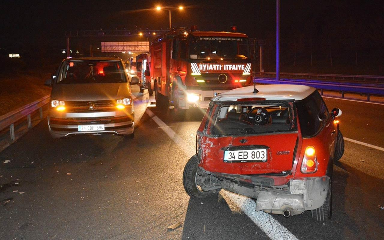 Küçükçekmece'de zincirleme trafik kazasında 7 kişi yaralandı
