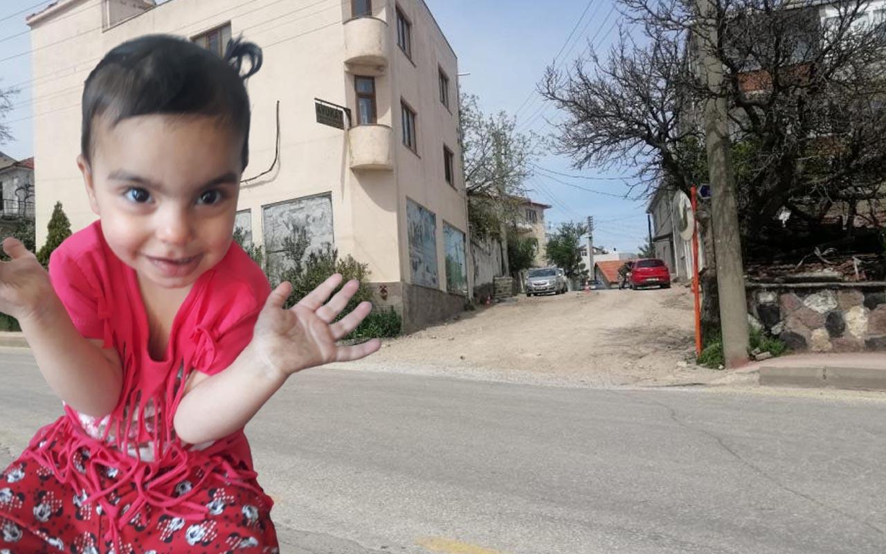 23 Nisan'da en acı kaza: Çanakkale'de 2 yaşındaki kız çocuğu kamyonetin altında kaldı